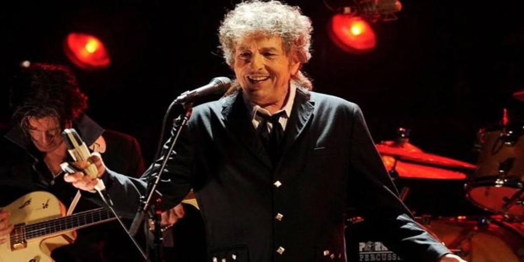 Bob Dylan celebra con nuevo disco sus 79 años, que cumple hoy