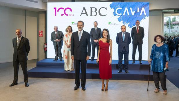 El Rey elogia a la prensa como «conciencia crítica de una sociedad diversa y plural»