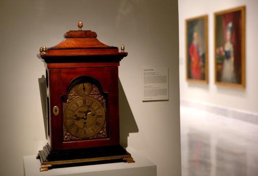 Reloj de sobremesa inglés, realizado por ThomasWindmills