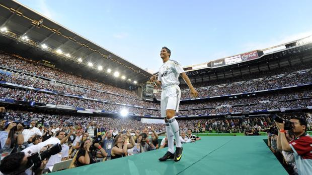 Cristiano, en su presentación como jugador del Real Madrid