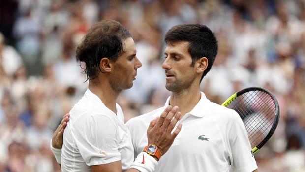 Nadal felicita a Djokovic tras el encuentro
