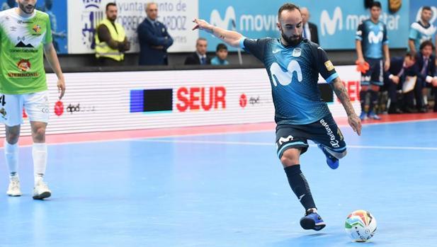Ricradinho, en un choque ante Palma Futsal esta temporada