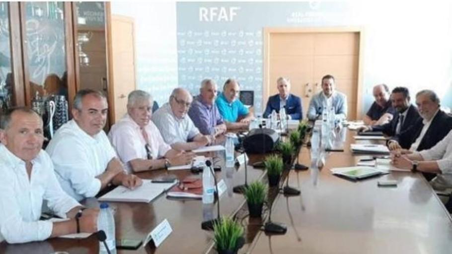 ProLiga denuncia la «contradictoria» decisión de la RFAF de descender de golpe a 8 equipos