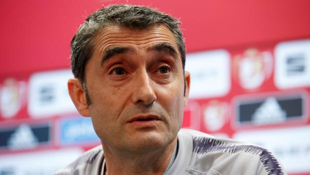 Ernesto Valverde durante una rueda de prensa esta pretemporada