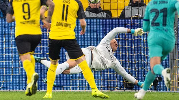 Ter Stegen, héroe del Barça ante el Dortmund