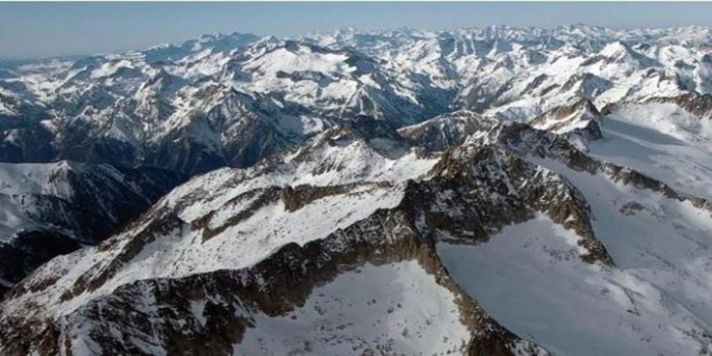 Muere una montañera en el Aneto tras precipitarse desde una altura de 70 metros