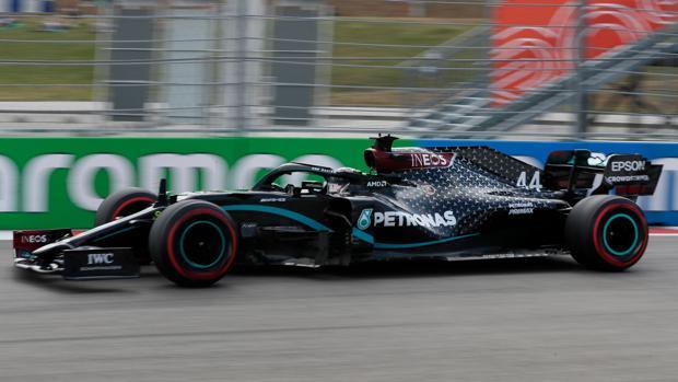 Hamilton sufre para lograr una nueva pole