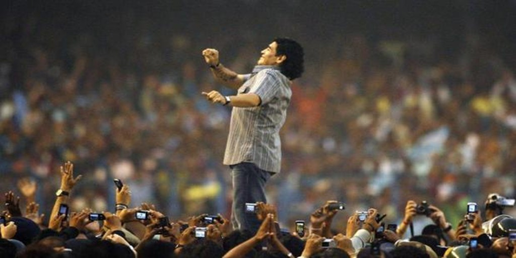 Maradona, el «10» que le habló a Dios de tú