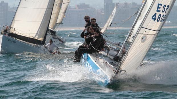 El «Bullbox», de Luis Noguera con tres victorias, lidera el Trofeo de Otoño