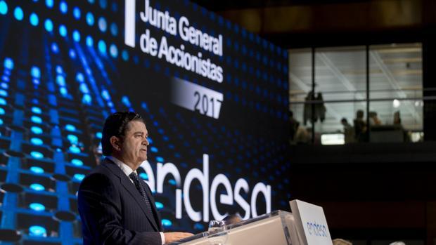 El presidente de Endesa, Borja Prado, durante la junta de accionistas de la compañía el año pasado