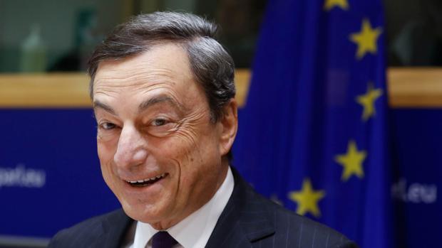 El BCE encara, en la segunda mitad del año, el final del programa de compras y para 2019 el relevo en la institución