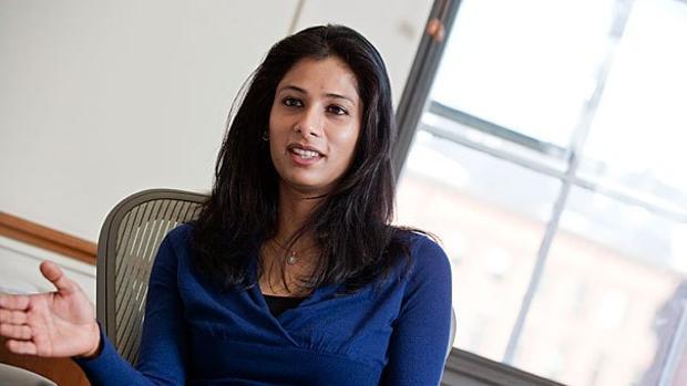 Gita Gopinath es profesora de Economía y Estudios Internacionales en la Universidad de Harvard
