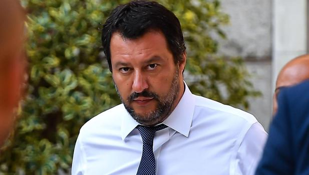 La última «varita mágica» que el vicepresidente Salvini se ha sacado de la manga es la «flat tax», un impuesto único para empresas y familias con un coste de 5.000 millones... sobre el que no hay pistas de cómo se financiara