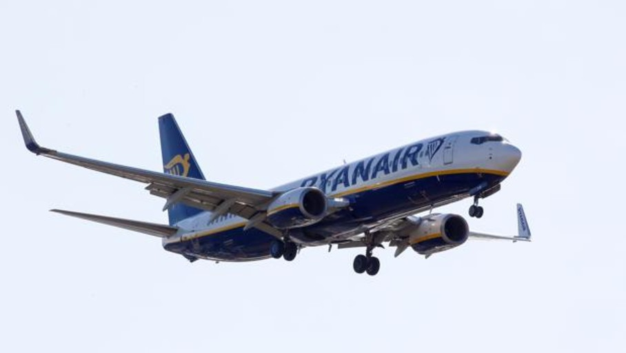 Las «low cost» transportan un 2,1% más de pasajeros hasta junio