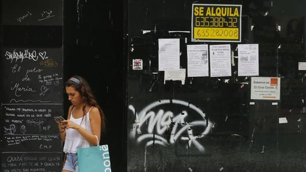 Los jóvenes alquilados pagan 10 euros más de media al mes que los que viven en propiedad