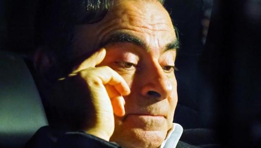 La mujer de Carlos Ghosn pide a Macron que trate la acusación de su marido con el primer ministro nipón