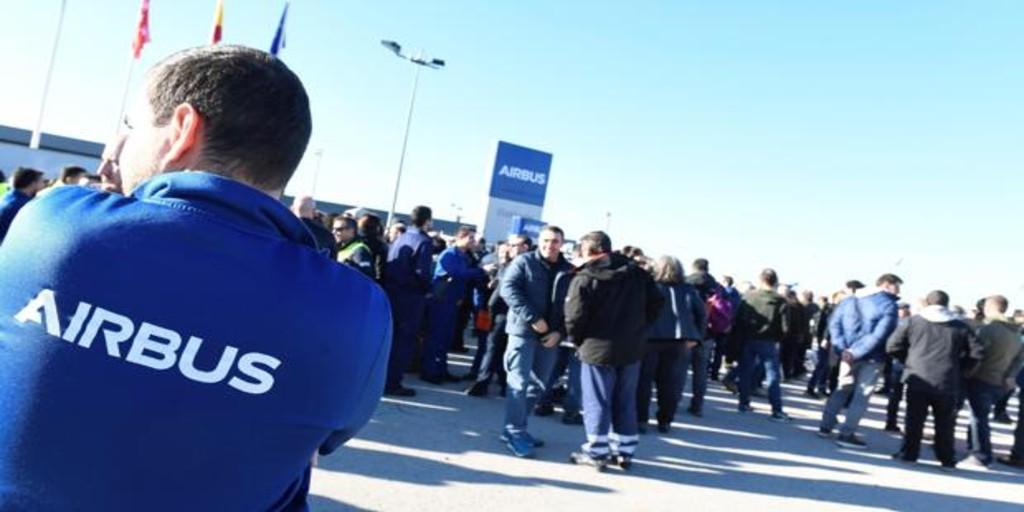 Trabajadores de Airbus se concentran para protestar por los 630 despidos