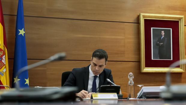pedro-sanchez-consejoministros-kxwE--620x349@abc.jpg