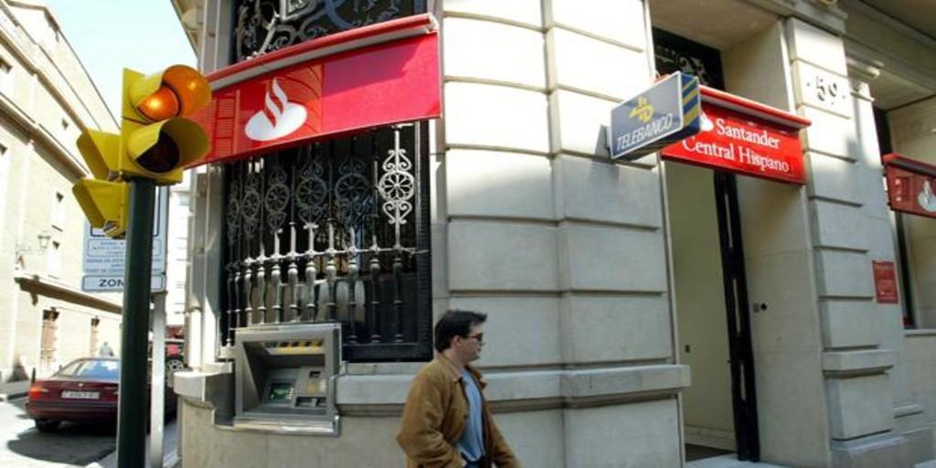 Santander propone prejubilaciones desde los 55 años con hasta el 70% del salario pensionable