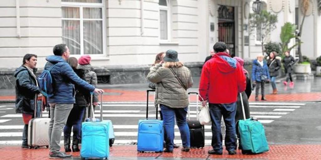 Las pernoctaciones hoteleras se desplomaron un 73,3% en 2020, el mayor descenso de la serie histórica