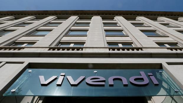 Vivendi pide pista a Sánchez en Prisa y prepara el terreno para que salgan los accionistas críticos