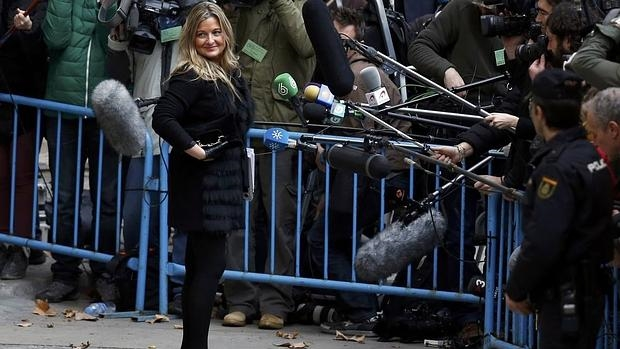 La abogada denunciada, Virginia López, en los juzgados de Palma con motivo de la declaración de la Infanta