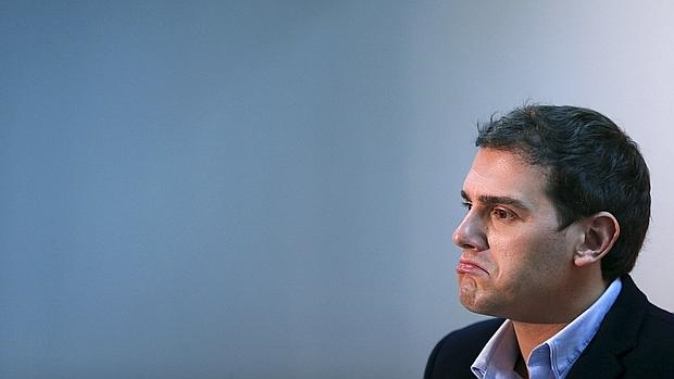 Albert Rivera, ayer durante su rueda de prensa en Cádiz