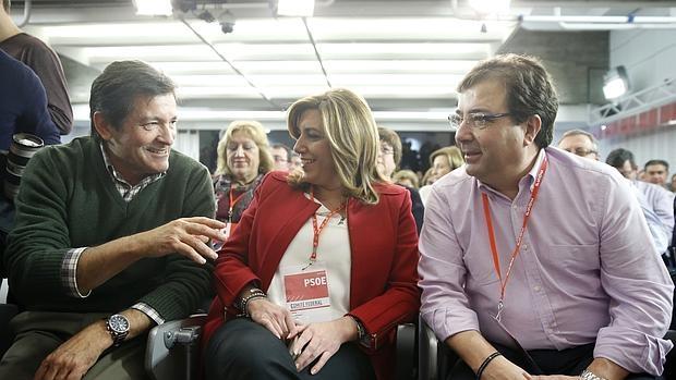 Javier Fernández, Susana Díaz y Guillermo Fernández Vara, en el Comité Federal del PSOE