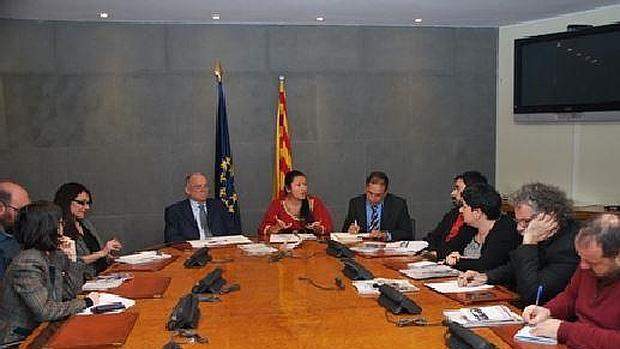 Dos diputados chavistas, con dirigentes de Podemos, IU y ERC