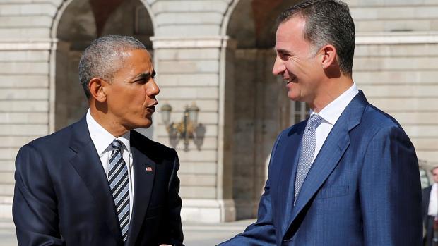 El presidente de los Estados Unidos, Barack Obama, recibido por el Rey Don Felipe