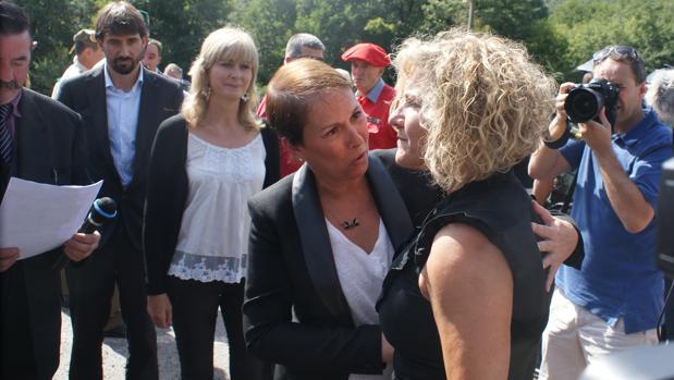 Discusión entre Uxue Barcos y la viuda de Juan Carlos Beiro