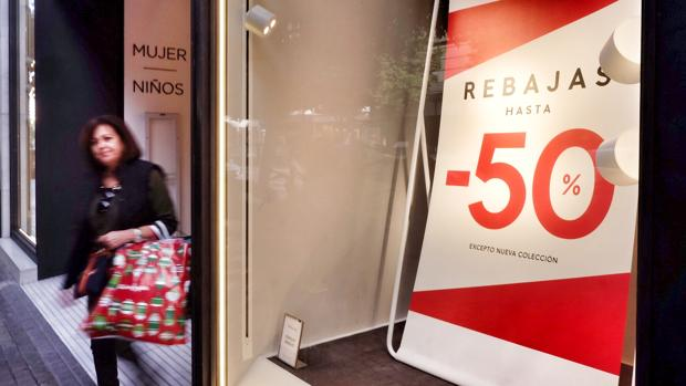 Imagen tomada este martes en un establecimiento comercial de Valencia