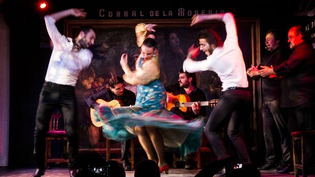 Blanca Rey, durante una actuación en el Corral de la Morería
