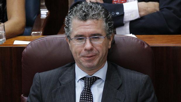 Francisco Granados, en la Asamblea de Madrid en junio de 2011, antes de presentar su renuncia