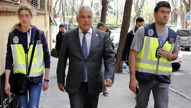 Luis Pineda, presidente de Ausbanc, en el momento de su detención