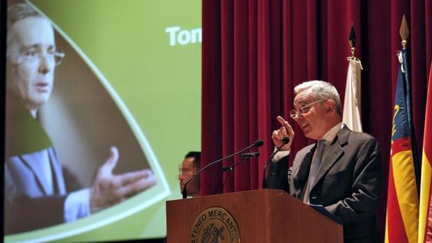 Álvaro Uribe, durante su conferencia invitado a un foro en Valencia, este jueves