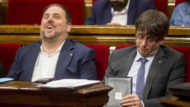 Junqueras y Puigdemont, esta mañana en el Parlament