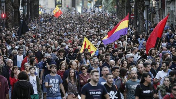 Un momento de la manifestación contra las agresiones de los ultras el pasado 9 de Octubre