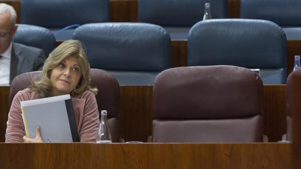 Engracia Hidalgo, consejera de Economía, Empleo y Hacienda del Gobierno de Cifuentes