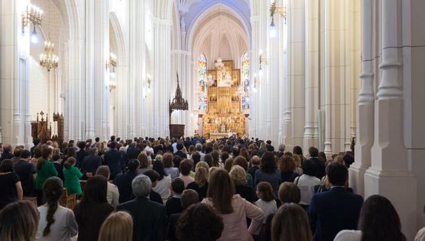 Un momento del funeral celebrado este lunes en Madrid