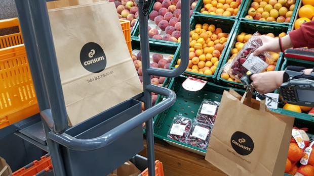 Imagen de las nuevas bolsas de Consum
