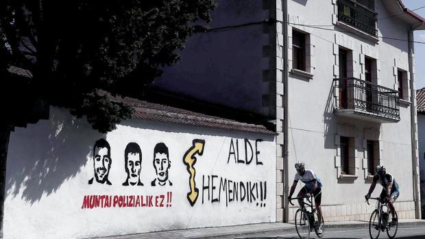 Pintadas en apoyo a los condenados por la agresión de Alsasua