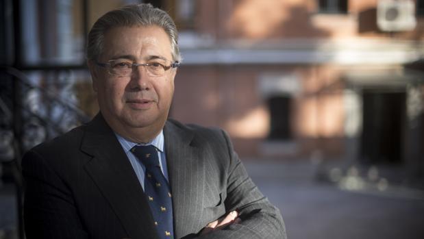El exministro del Interior, Juan Ignacio Zoido, posa para ABC