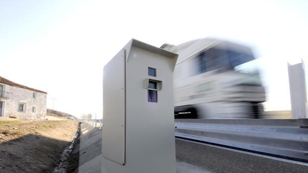 El radar fijo del Alto del León, el segundo que más multas impuso en 2017