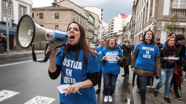 Protestas de los trabajadores durante la huelga de la Justicia, el pasado abril