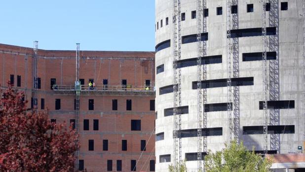 En las obras del nuevo hospital de Toledo están trabajando cientos de personas