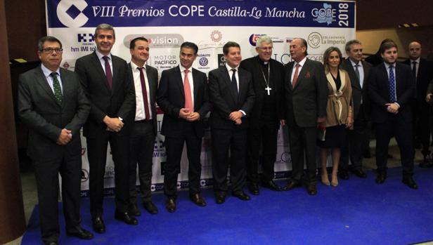 Auotidades políticas y eclesiásticas minutos antes de la entrega de premios Cope Castilla-La Mancha