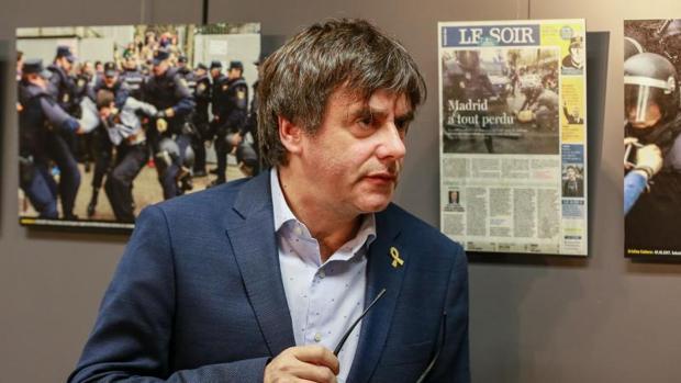 Puigdemont, en una exposición sobre el 1-O, lleva más de un año fugado