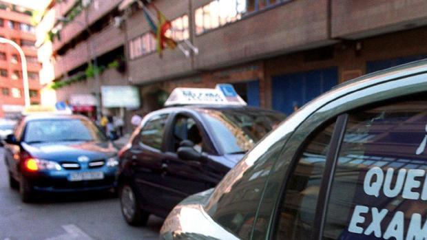 Examinadores de tráfico en Valencia