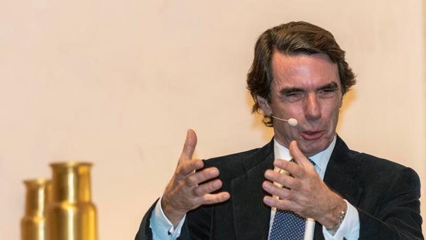 El expresidente del Gobierno, José María Aznar, durante la presentación de su libro, en Mallroca